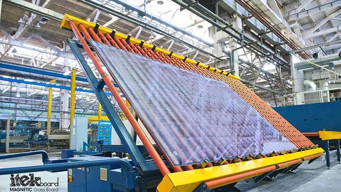 تولید وایت برد شیشهای